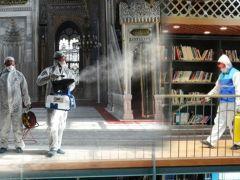 Fatih'te Dezenfekte Çalışmaları Aralıksız Sürüyor